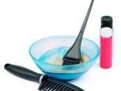 Расческа, миска с краской и краска