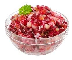 Салат в стеклянной миске