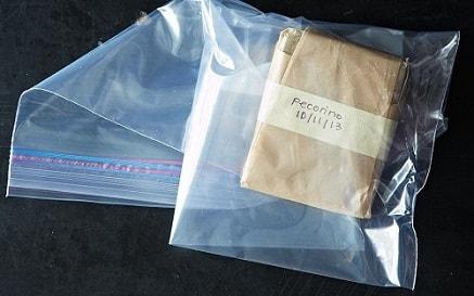 Сыр в пергаменте и в пакете