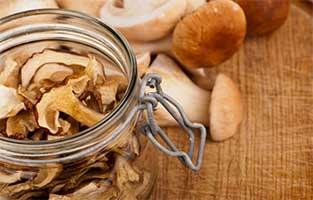 Сушеные и свежие грибы